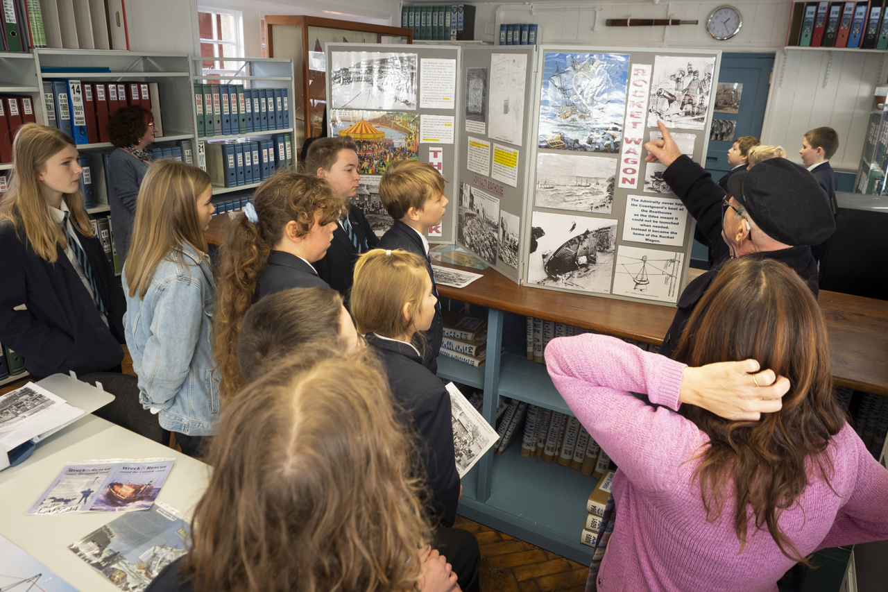 Newlyn Archive - Cape Cornwall school vist to the Boathouse
